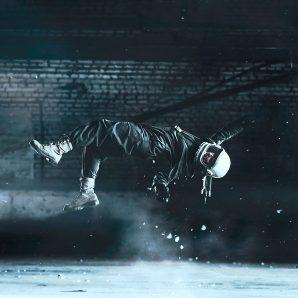 levitation-1374181_1920